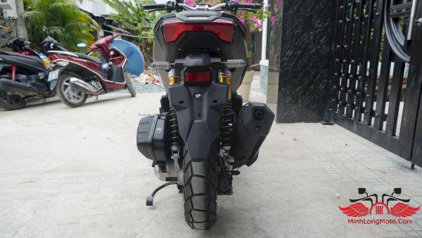 đuôi xe honda adv 150